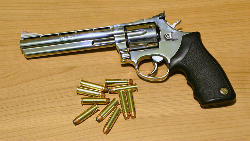 Can One Concealed Carry a  357 Magnum? | Gun Belts Blog