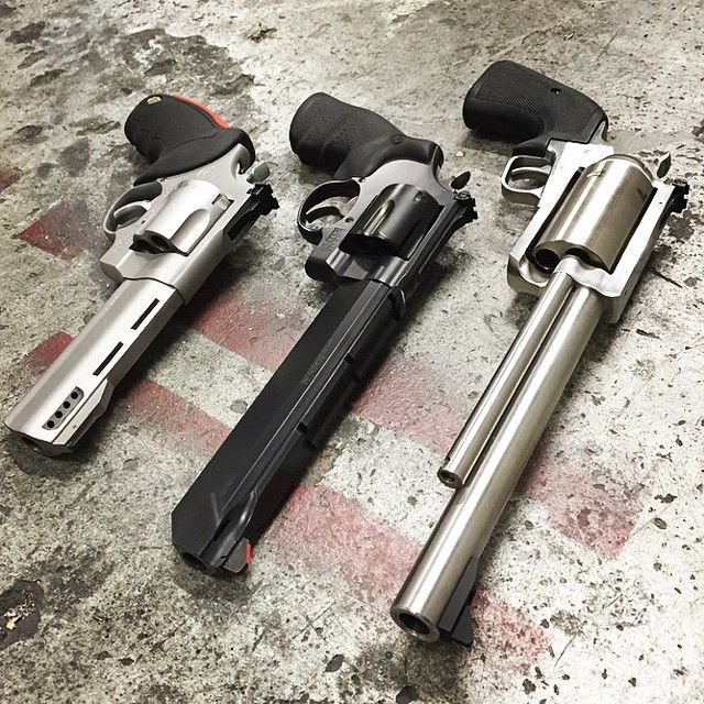 hunting revolvers best suited for the task of hunting