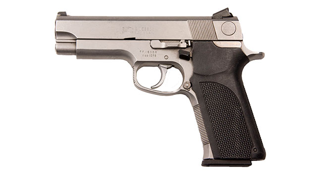 Smith & Wesson's Model 1076