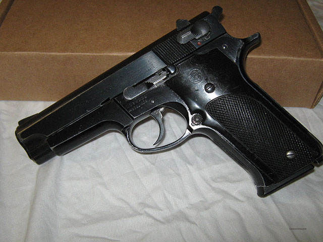 FBI used to use the S&W Model 459