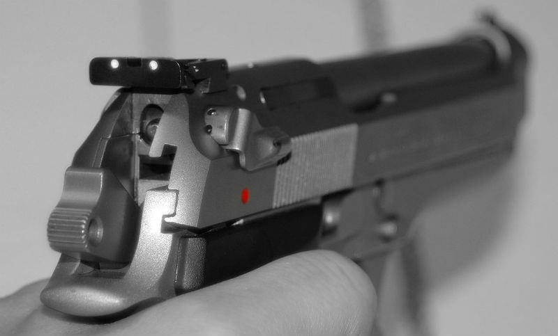 changing fixed handgun sights