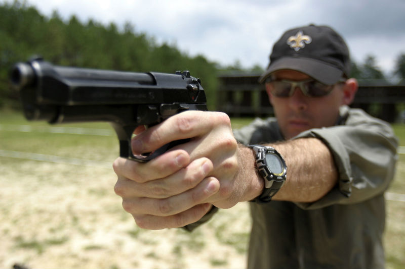 using handgun front sights